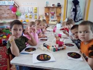 роспись тарелочки  хохлома